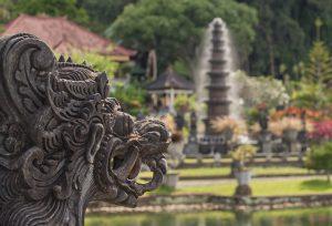 インドネシアの観光ビザ(VOA/到着ビザ)の料金が$25から$35に値上げ
