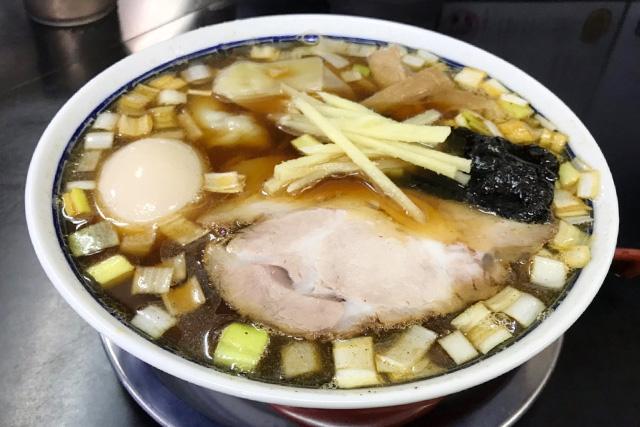 亀喜屋のワンタン麺
