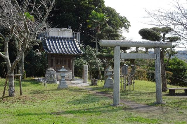館山の浅間神社