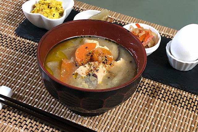 一休堂の京七味をかけた味噌汁